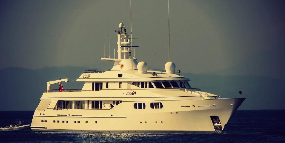 yacht-luxury